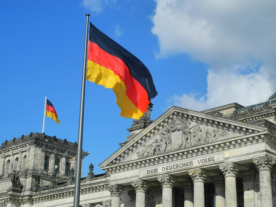 المجتمع الالماني المعاصر يدعم  الثقافات المختلفة والمتنوعة